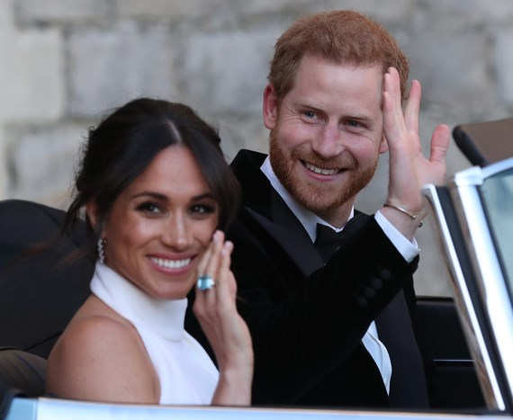 harry meghan waving